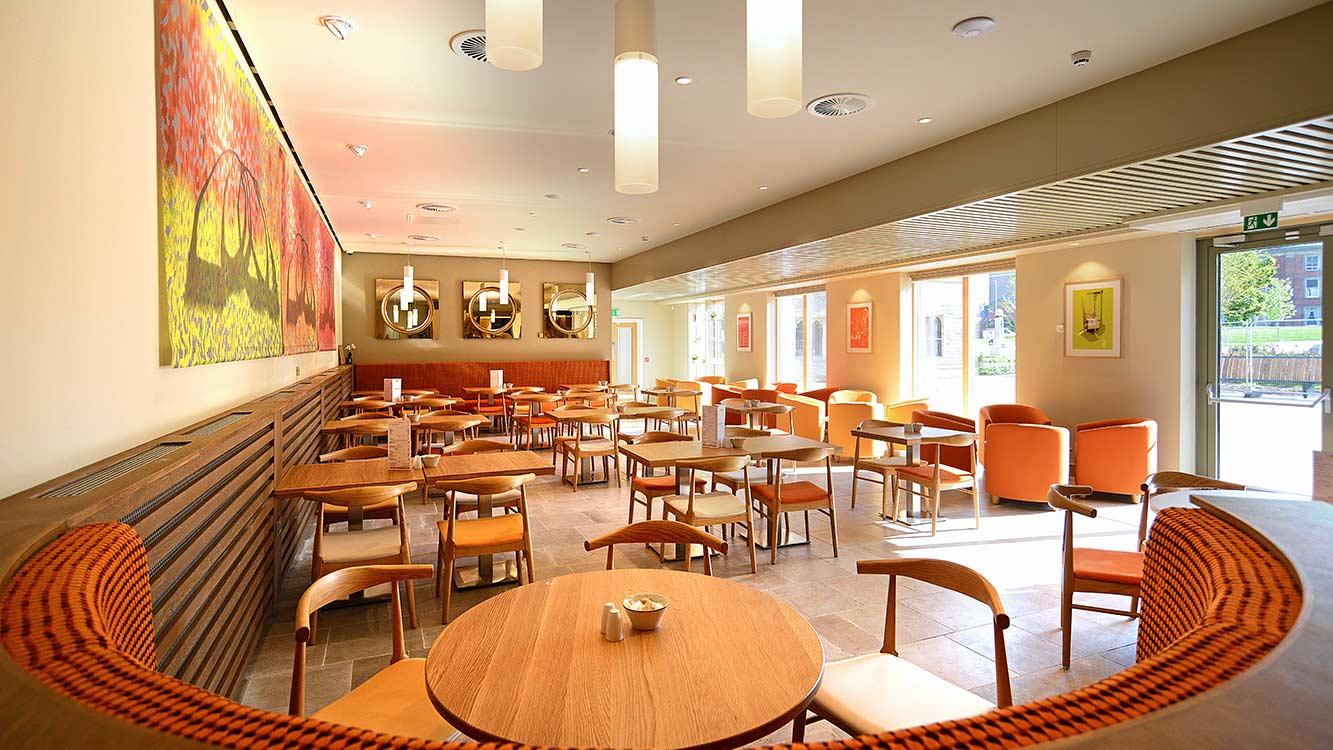 Cooper Bespoke Cafe 324