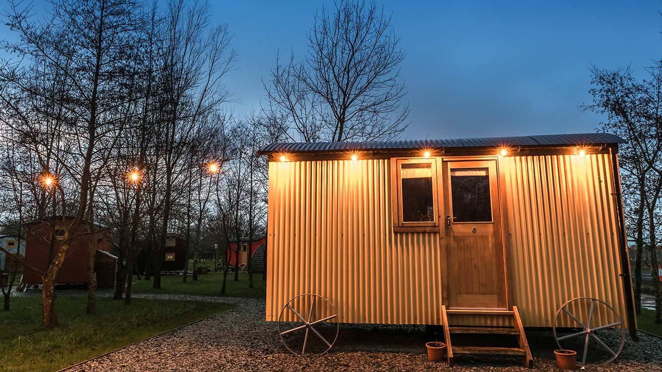 Cooper-Bespoke-Joinery-Shepherds-Huts-Glamping-Pods-Granny-Annex-Playroom-Oak