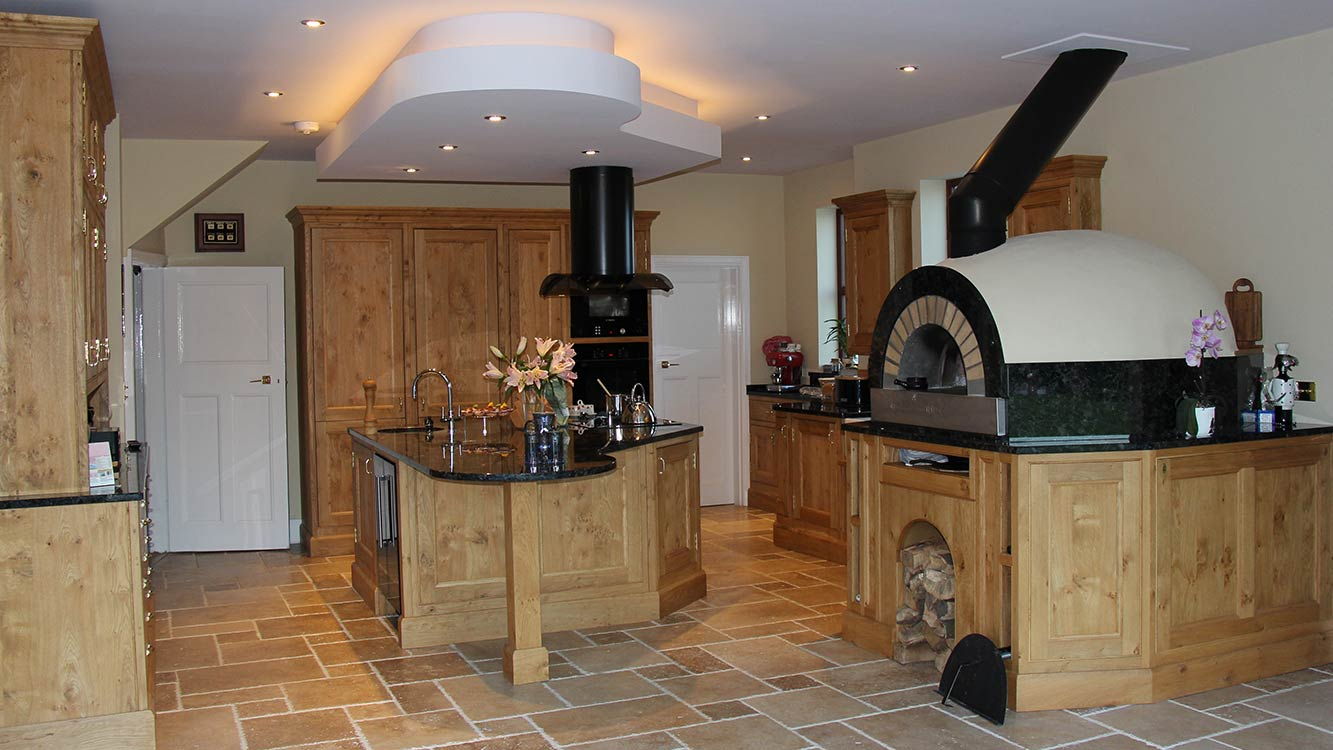 Frank Anthony Kitchens Handbuilt Wells Oak Pizza Oven